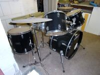 Peavy 5 Piece Drum Kit with Extras