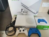xbox one console s with 2 controllers