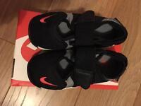 Nike Rifts infant size 7.5