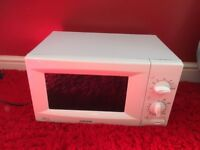 SAMSUNG MICROWAVE. NO OFFERS