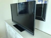 "SONY BRAVIA 52""LCD TV,FREE-VIEW-SAT,FREE DELIVERY"