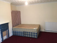 A Brand new DOUBLE BED ROOM situated close to Reading town centre and Mainline Train Station