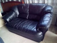 2 Seater - Black Leather - Sofa / Couch