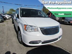2015 Chrysler Town & Country Touring | NAV | CAM | S&G | POWER L