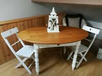 Lovely Little Dining Table.