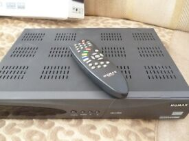 Humax VACI 5300 Satellite Receiver with built in VIACCESS CARD SLOT + One Other.