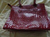 ladies handbag (NEED URGENT SALE)
