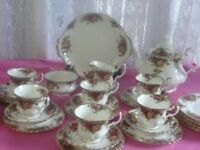 Royal Albert Old Country Roses 35 PieceTea/Dinner Set Includes Tea Pot