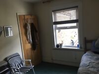 Double room for rent, looking for a friendly, tidy house mate.