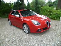 Alfa Romeo Giulietta Veloce 1.4 M-Air turbo in 8C red