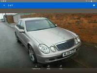 2004 MERCEDES BENZ E220 W211 SILVER DRIVER SIDE RIGHT FRONT DOOR IN SILVER
