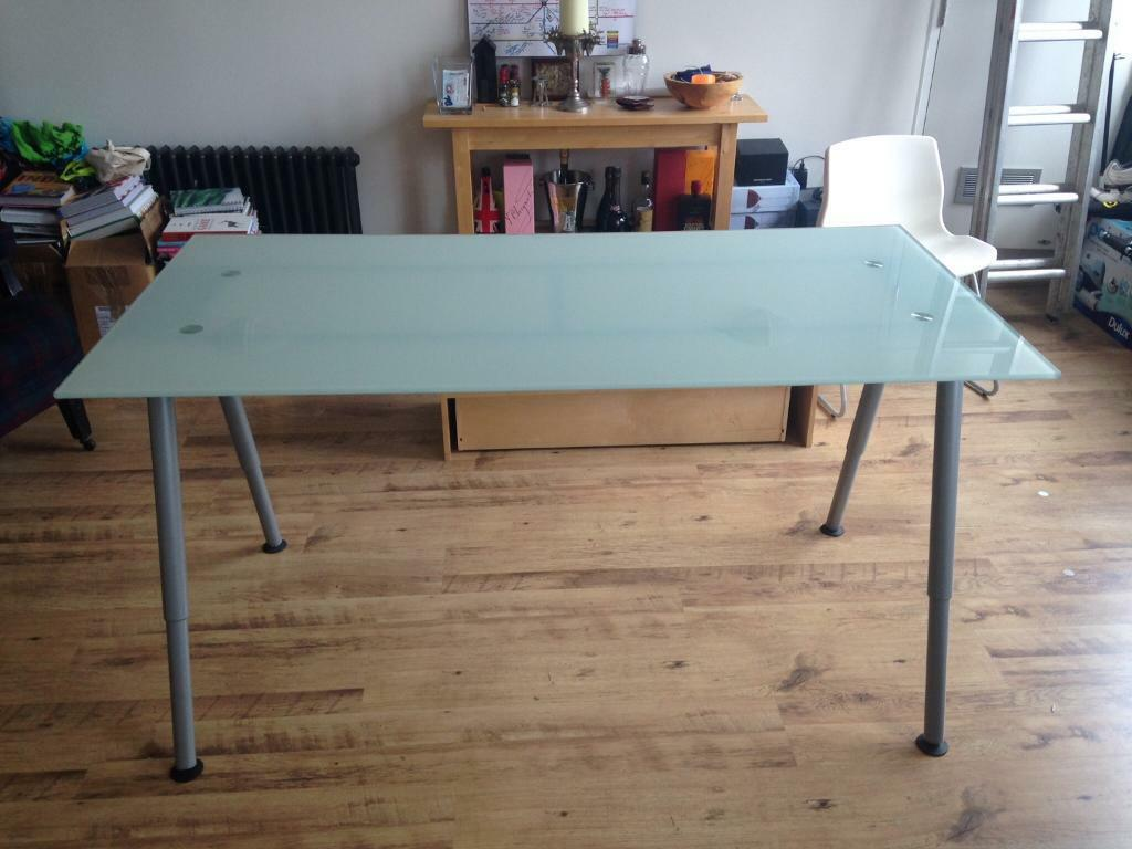 Ikea galant oval glass table for Ikea glass table tops