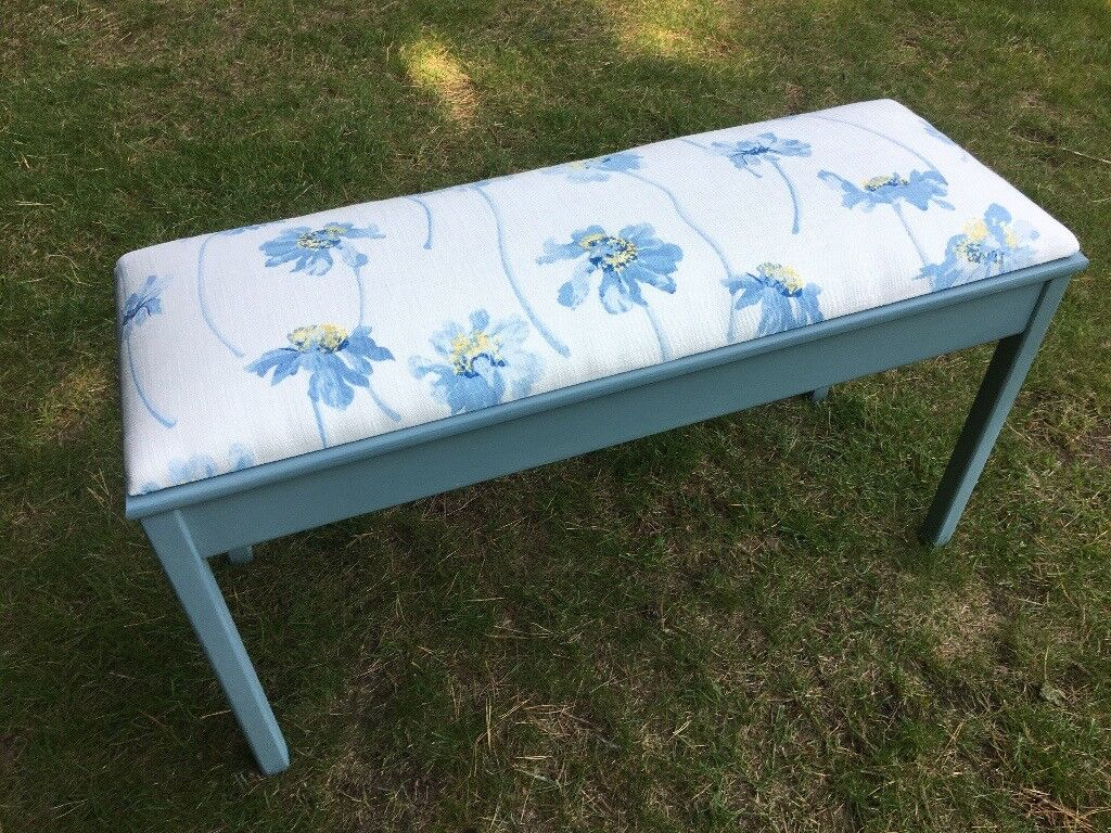 Hand painted vintage hall/ bedroom seat / storage