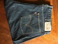 Genuine Levi 514 Regular Straight Fit Jeans - W40 x L32 - Never Worn, Excellent Condition