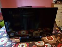 """Technika 32"""" LCD Television 2 HDMI Ports USB £80 No Offers Possible Delivery"""