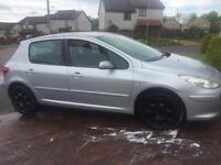 Peugeout 307 full service history year 2007 swap for a small car. AYGO Yaris corsa