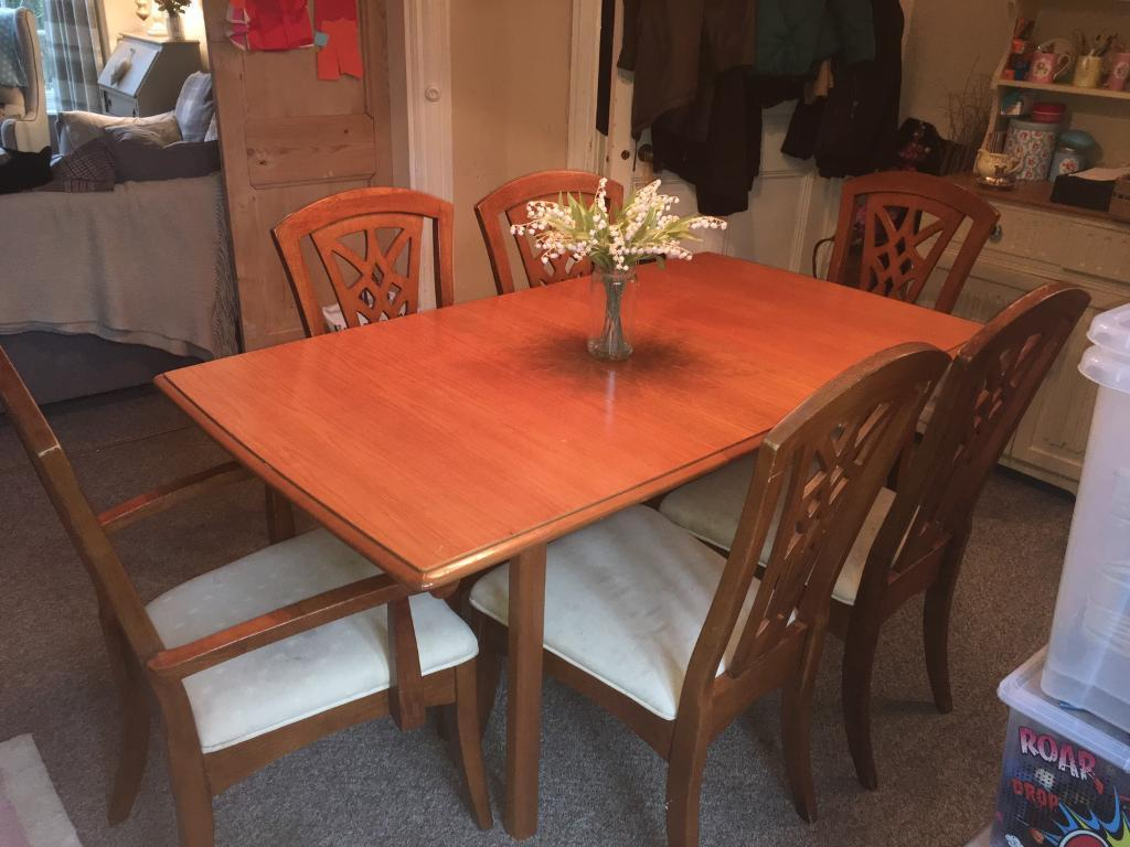 EXTENDING DINING TABLE AND 6 CHAIRS Reduced In Scarborough North Yorkshire