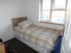 room to let in two bedroom property ... wont accept non working..very clean house...