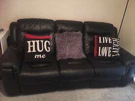 Beautiful leather recliner sofas 3+2