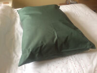 Large Washable, Water-Resistant Pet Bed with Deep-Fill Cushion & Green Cover - NEW
