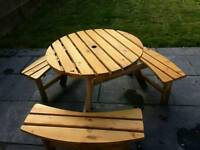 6 seater round picnic table