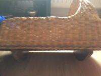 Rocking wicker crib