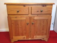Sideboard in Pine