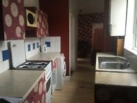 1 bedroom flat in Upton Park - call Amina on 07923206030