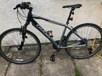 Giant Roam 3 hybrid mountain bike Size M
