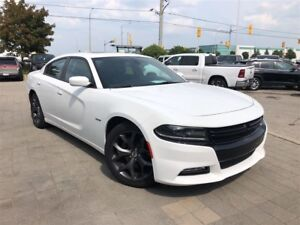 2017 Dodge Charger R/T**POWER SUNROOF**BLIND SPOT DETECTION**