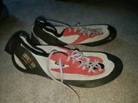 Climbing shoes size 10