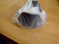 *** NEW & GENUINE Fujifilm XC 16-50mm lens hood ***