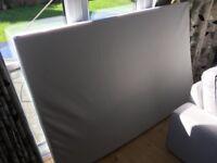 BRAND NEW Small Double (4ft) Foam Mattress