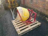 Tractor three point linkage pto driven cement mixer in great condition