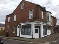 LARGE ROOMS TO RENT IN SHARED NEWLY RENOVATED HOUSE CLOSE TO HUCKNALL TOWN CENTRE