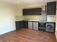 *** NEWLY REFURBISHED 2 BEDROOM MAISONETTE WITH PRIVATE ROOF TERRACE - HORNSEY, N8 ***