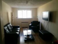 Great Size furnished 2 bed flat in City Cente