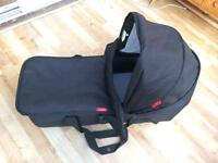 Phil & Teds Dot/Sport Snug Carrycot plus attachments and rain cover