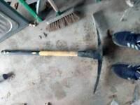 Pik axe