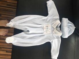 Coco designer velure newborn suit