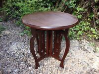 Lovely Classic Antique Collapsible Occasional/Card Table.(circa early 1900).