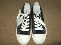 MANGO M N G sneaker collection euro size 39 (as new not worn)