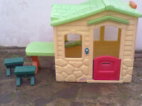 Little Tikes Picnic On The Patio Playhouse - Roundhay Park Leeds 8 - Can Deliver RRP £250 Range