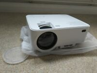 Brand new 2000 Lumens LCD Mini Projector Portable Home Theater Projector Support 1080P