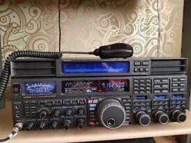 YAESU FTDX 5000MP LTD EDITION & YAESU STATION MONITOR SM-5000