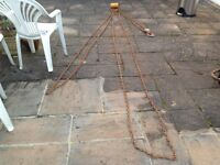 2 ton chain hoist barn shed find £60 or offers spares repairs.