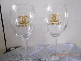 set of 4 wine glasses all new
