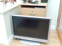 "JVC 26"" lcd television"
