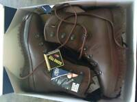Gortex boot size 11 new with tags