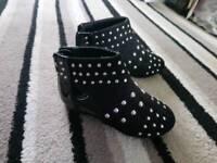 Girls river island boots